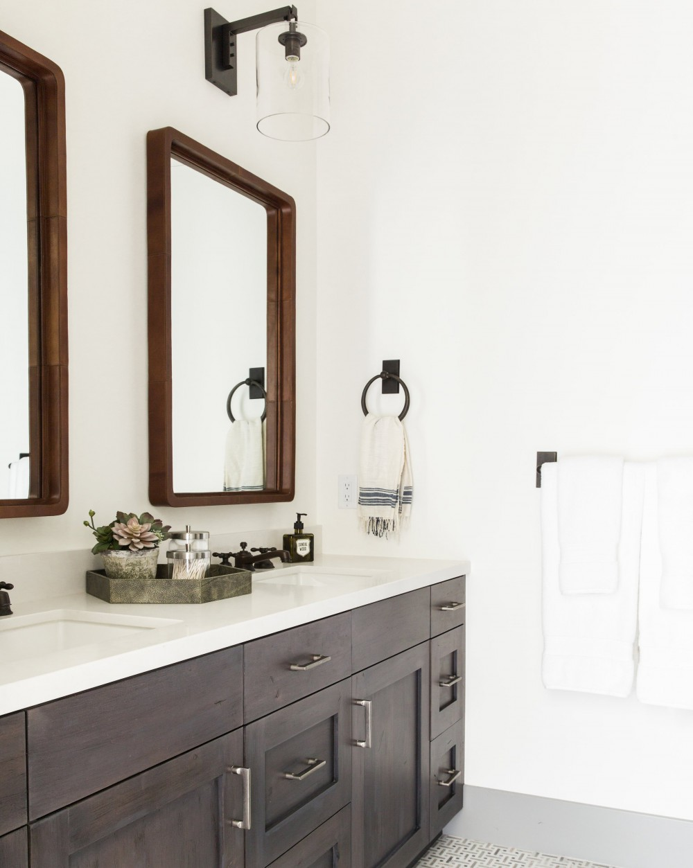 Ultimate Bathroom Decorative Mirrors Guide