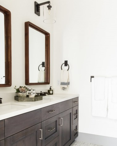 Ultimate Bathroom Decorative Mirrors Guide (2020 Ver.)