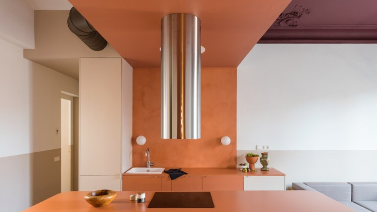 [2020] This Barcelona Apartment Was Destroyed by a Tragic Fire & Rescued Rescued by Color Blocking