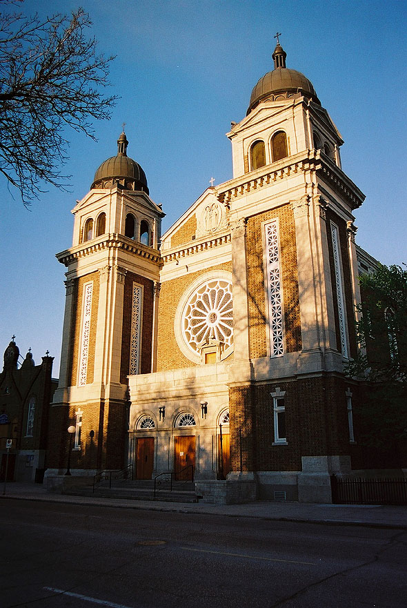 ukranian_cathedral_lge