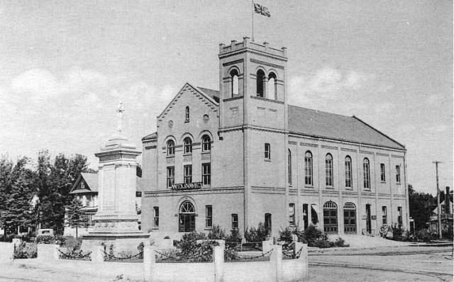 dauphin-townhall
