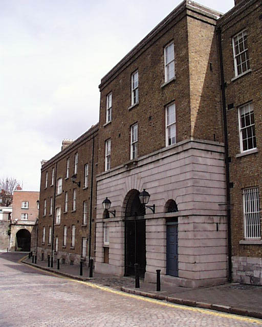 shipstreet_barracks_exterior_lge