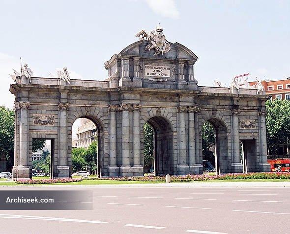 PuertadeAlcala_lge