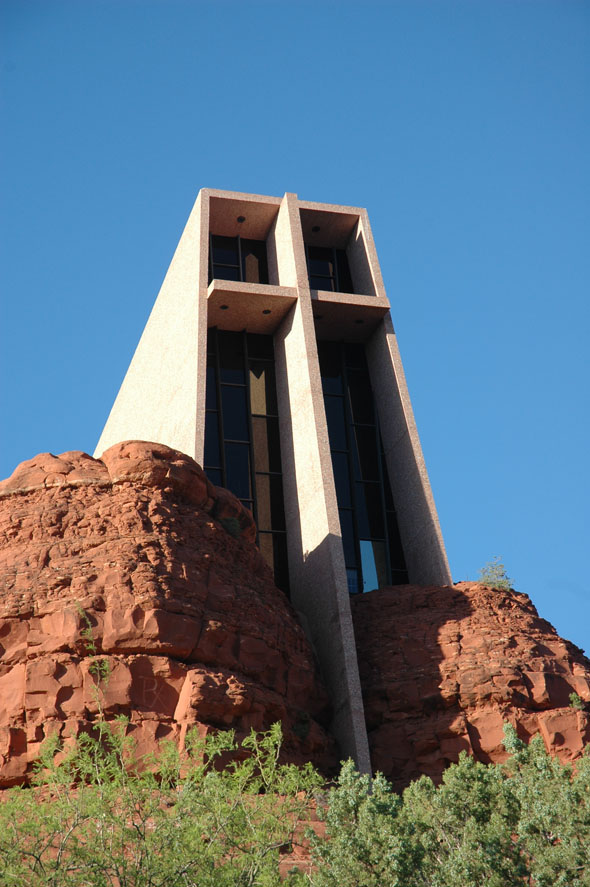 1956 chapel of the holy cross sedona arizona for Sedona architects