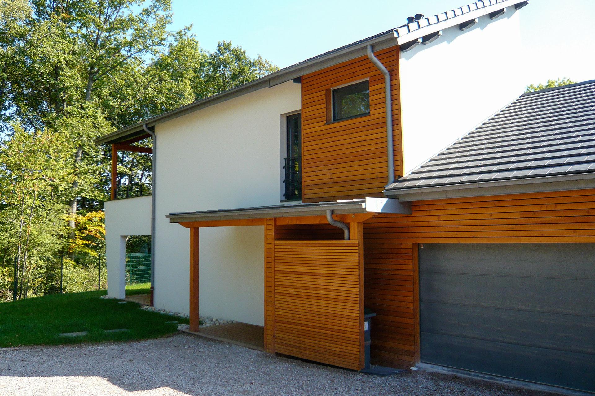 Emejing Maison Moderne En Bois Bbc Gallery - Home Decorating Ideas ...