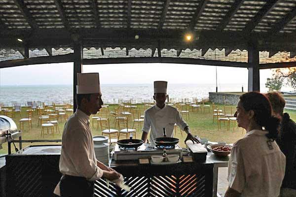 ジェットウィング ラグーン 朝食 jetwing lagoon blue lagoon restaurant breakfast