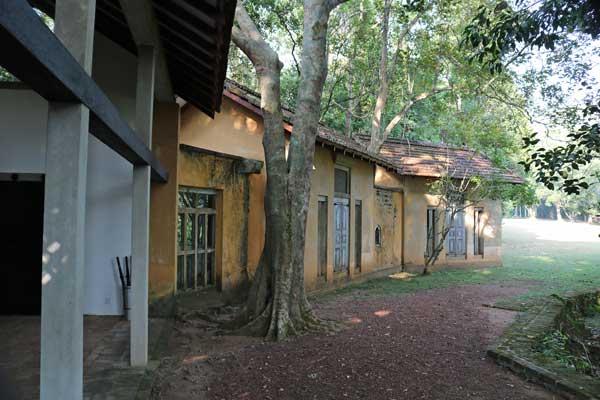 ルヌガンガ 庭園 lunuganga シナモンヒルハウス Cinnamon Hill House ジェフリーバワ geoffrey bawa