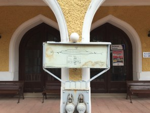 A reference sphere affixed magnetically to the track diagram at Durak station.