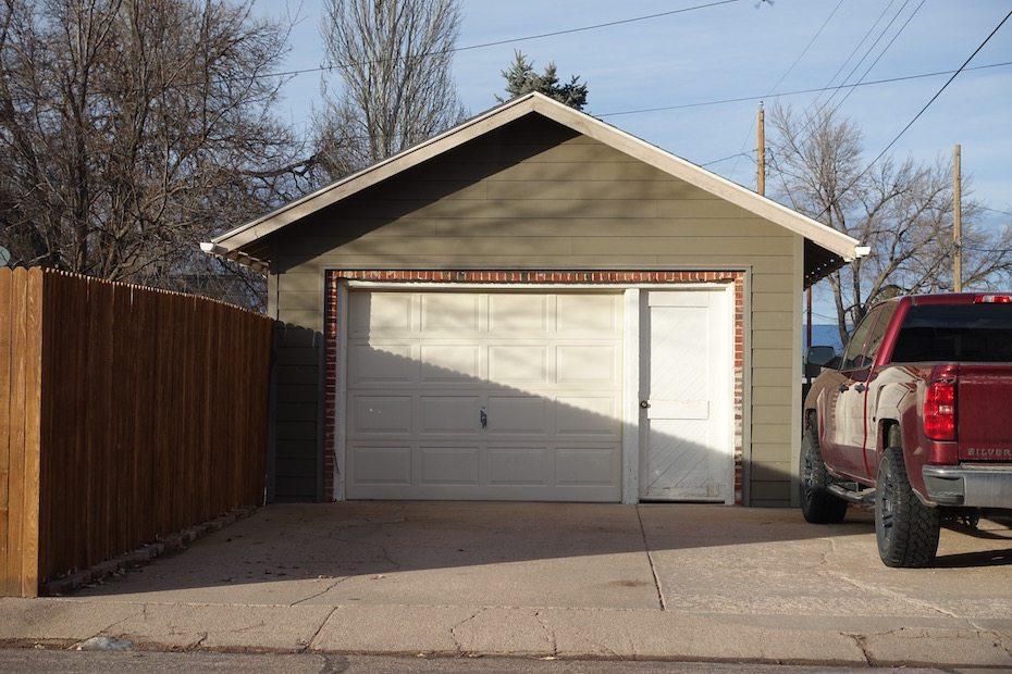 Undercover Garage