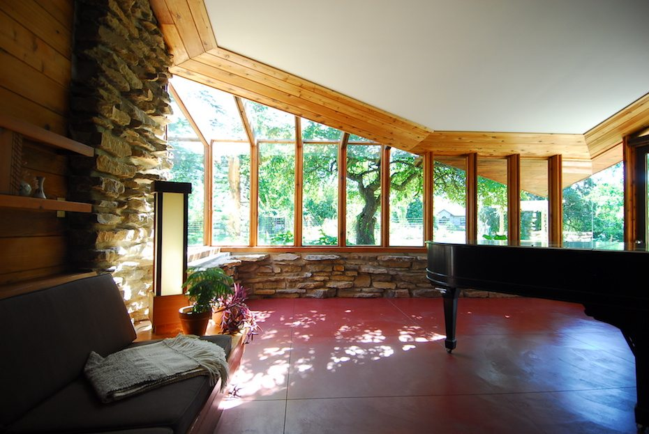 Inside a Wrightian Usonian House