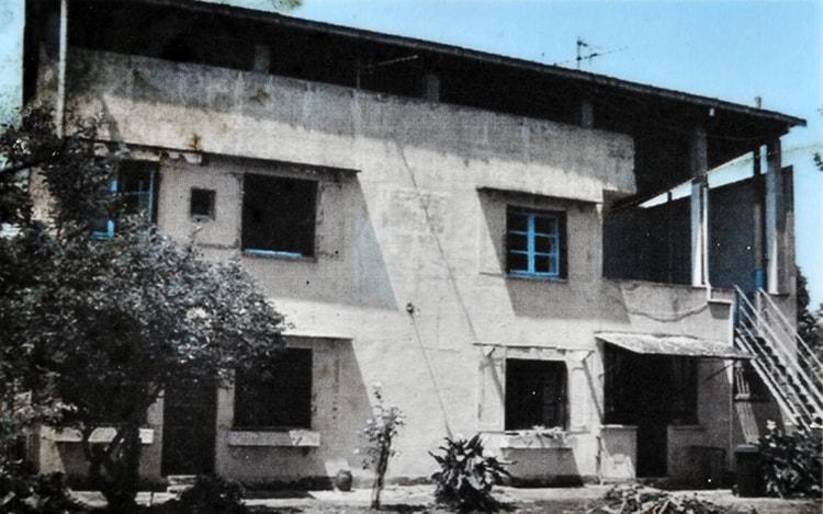 cite-fruges-le-corbusier-ruins