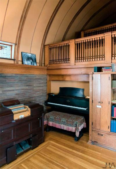 wright-home-studio-playroom-piano