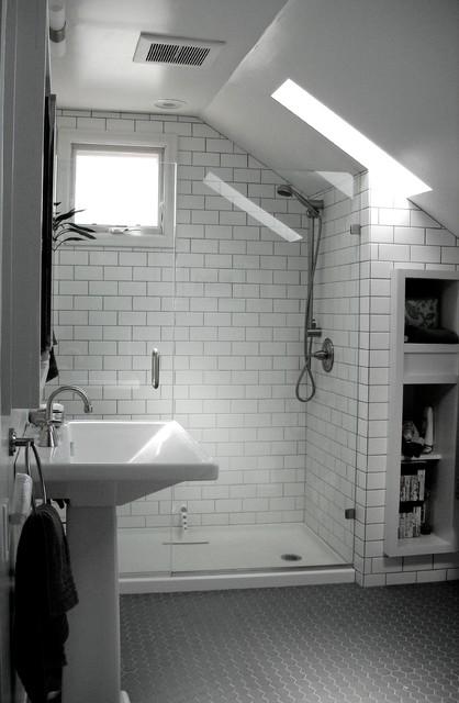 17 Magnificent Attic Bathroom Design Ideas For Your