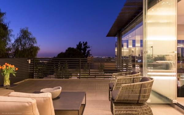 Pretty Houses Stunning Modern Hillside Home