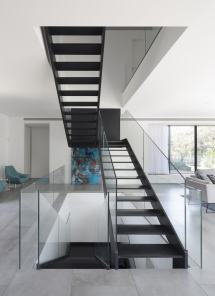 Simple Modern House With Amazing Floating Stairs
