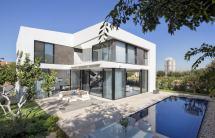 L-shaped House Plans