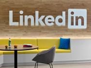 linkedin-nyc-mmoser-office-design-12-1200x900