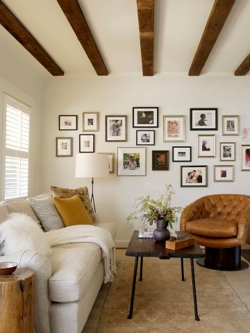 Frames Wall Design Living Room Rustic With Fur Pillow Coffee Table Coffee Table