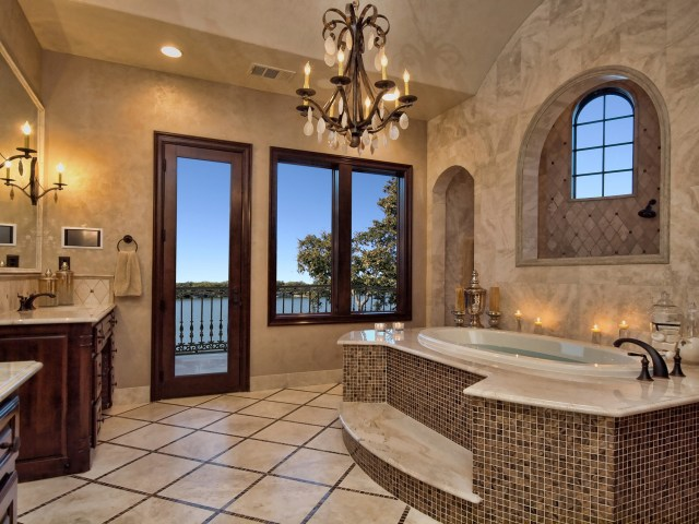 Luxury Mediterranean Bathroom Design Ideas