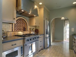 Mediterranean Kitchen Design With Mosaic Tiles