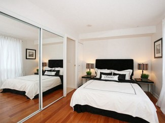 Modern nice design large mirrors wall decor that can be decor with white bed can be applied on the wooden floor can add the beauty inside modern bedroom