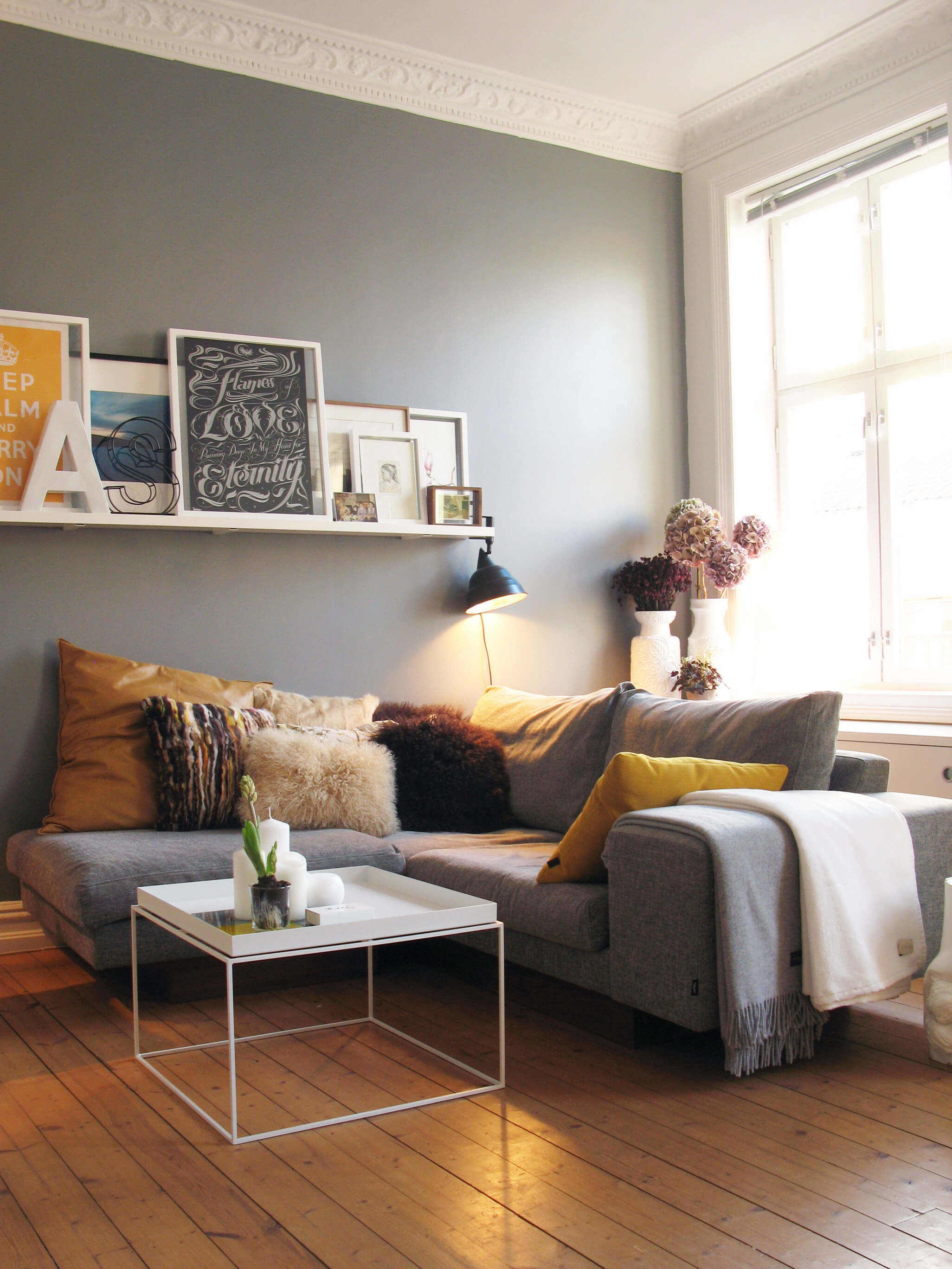 Simple Living Room Wall Storage Ideas Grey Wall Architecturein