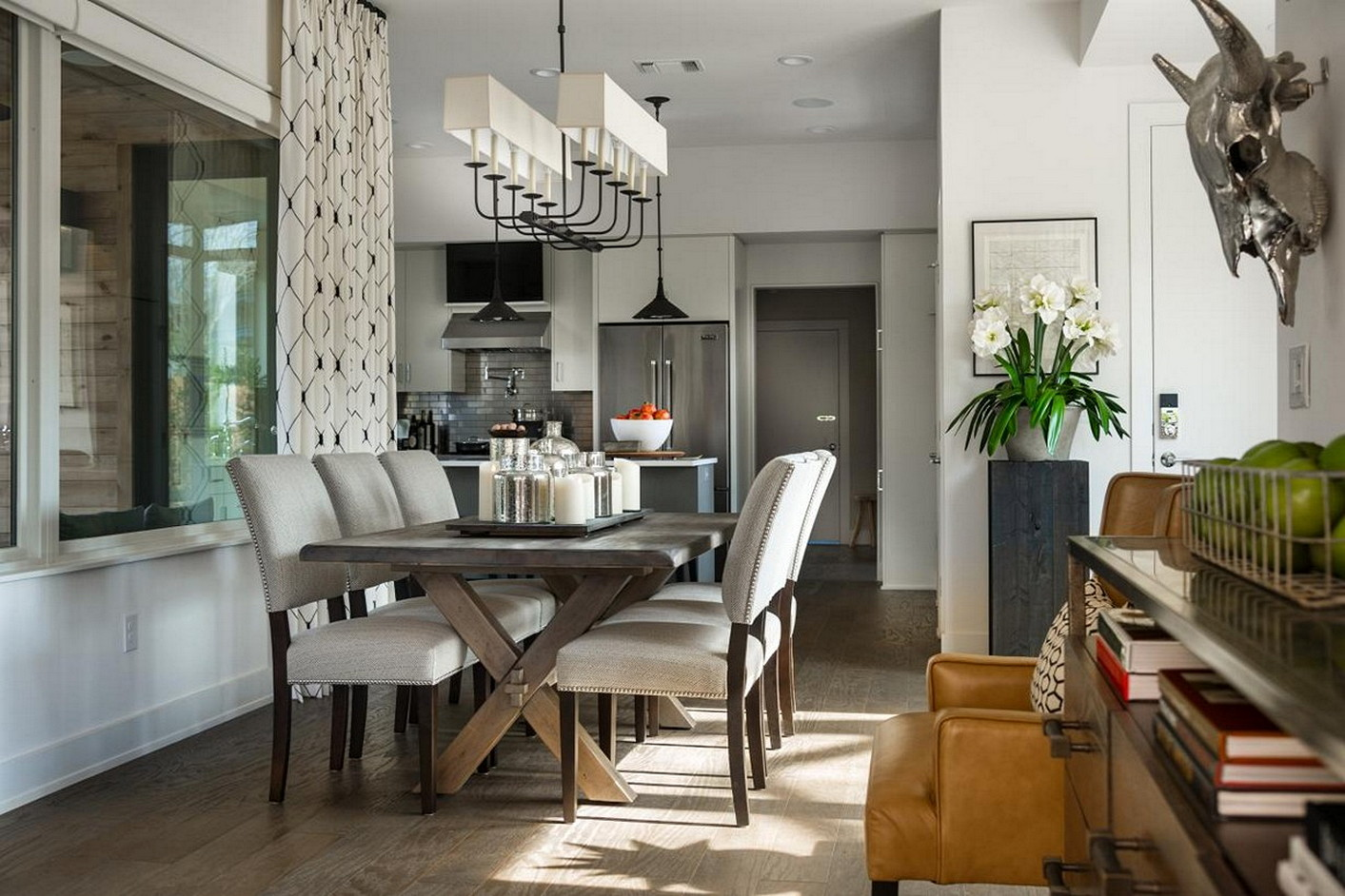 Stunning Modern Farmhouse Dining Room Decor