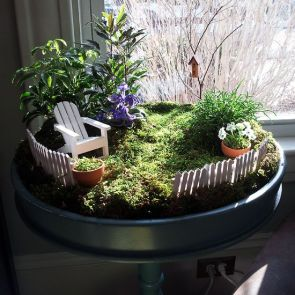 Beautiful And Charming Indoor Garden Designs (59)