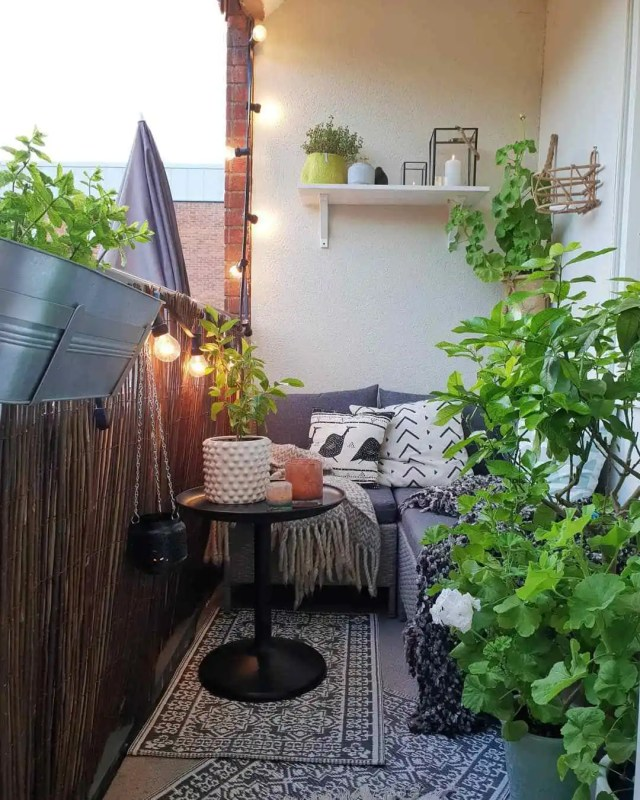 Creative Area Patio Furniture Design Room Garden Apartment Decor Inspiring Ideas Photos Small Pictures Houzz Designs