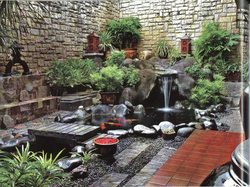 Select The Type and The Size of The Pool That Fits The Room Awesome Tips for Placing a Fish Pond in the Family Room