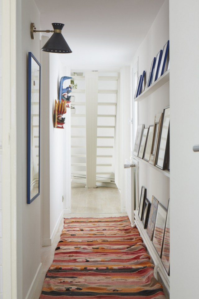 Mirror To Clean Up For Minimalist House Corridor Design Tips