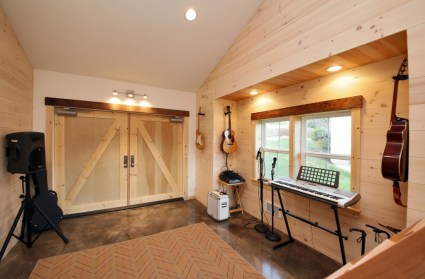 Farm Nuance for Private Music Studio at Home