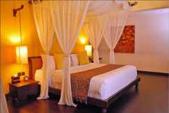 Focus on Bed for Romantic Bedroom Decorating Ideas