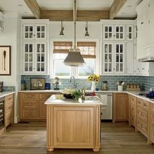 Mixed Theme for a Warm and Enjoyable Kitchen