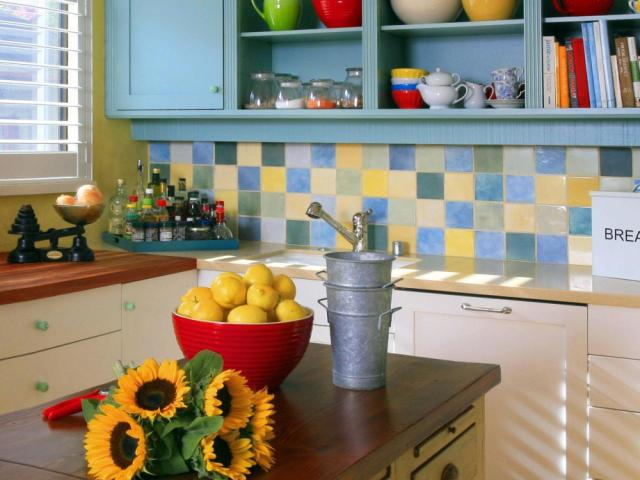 Quaint And Colorful Small Kitchen