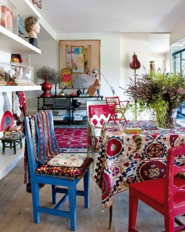 Vintage Furniture for Small Bohemian Style Dining Room Design