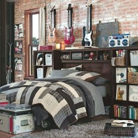 Bedroom Ideas For Teenage Boys With Rock Star Themes (2)