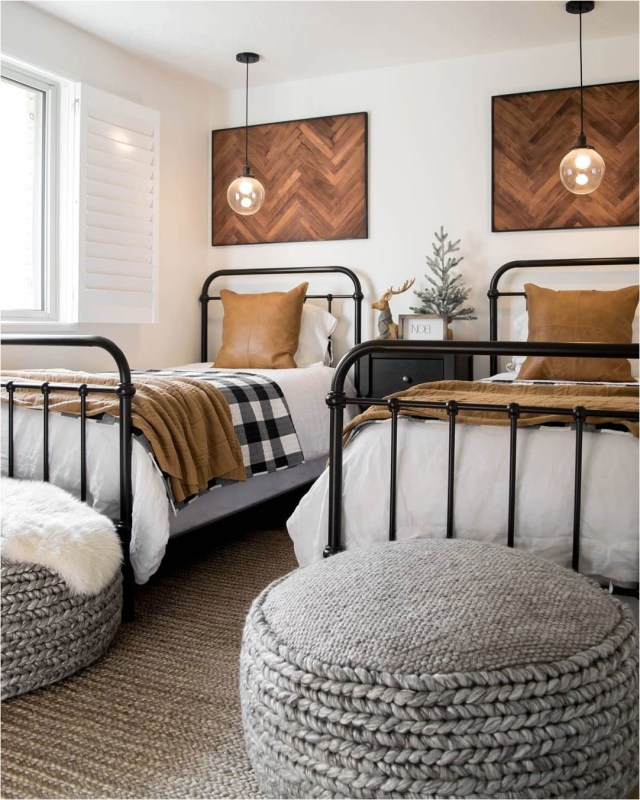 Metal And Wood Accent Kids Bedroom