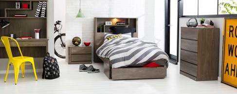 Modern Bedroom Ideas For Teenage Boys With Colorfull Ornament