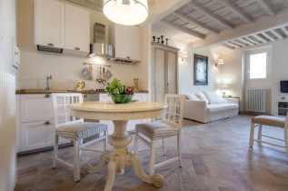 Multifarious White for Rustic-style Luxury House Design