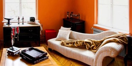 Relaxing Mattress for Utilization of Corner Space in the House