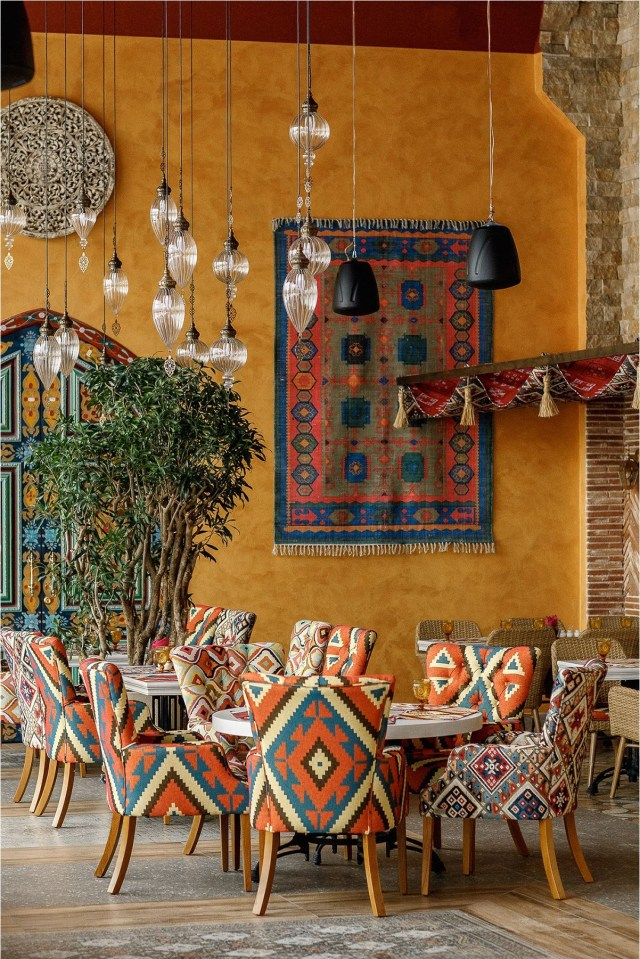 Vintage Boho Restaurant Design Ideas