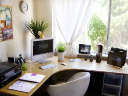 Workspace for Utilization of Corner Space in the House
