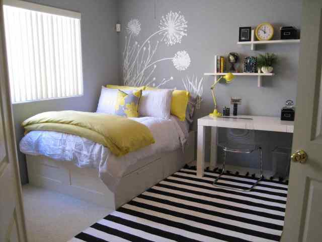 Bedding Options for Minimalist Bedroom Design for Newlyweds
