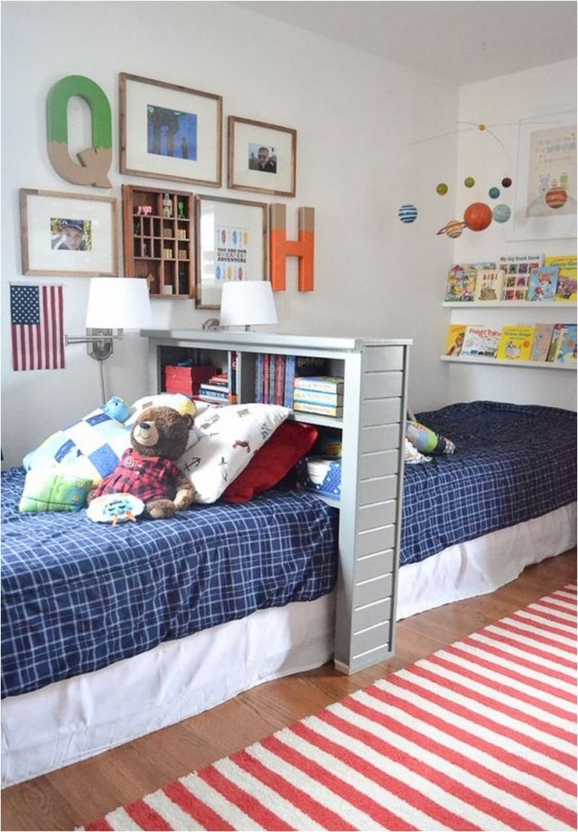 Color Combination For Small Bedroom With Striped Carpet