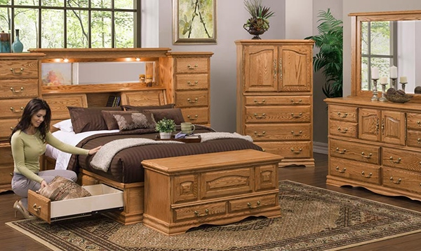 Simple Details for Wooden Furniture in Your Bedroom