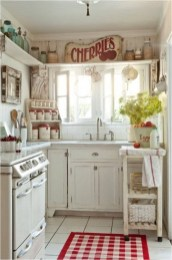 Small Kitchen With Vintage Decorations Ideas