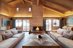Painting for Wooden House Decor Inspiration You Must Know