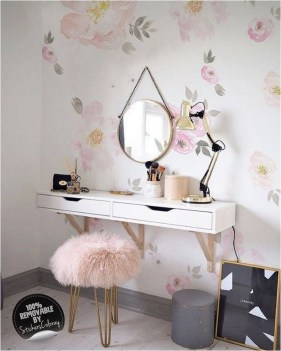 Hanging Dresser Table With Pink Chair