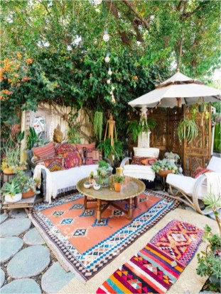 Shabby Chic Garden With Bohemian Carpet Ideas